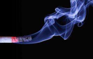 สูบบุหรี่เสี่ยงเป็นกรดไหลย้อน กว่าคนทั่วไปหลายเท่า